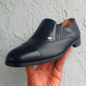 Marcello Italy Hand Made Black Cap toe Loafer